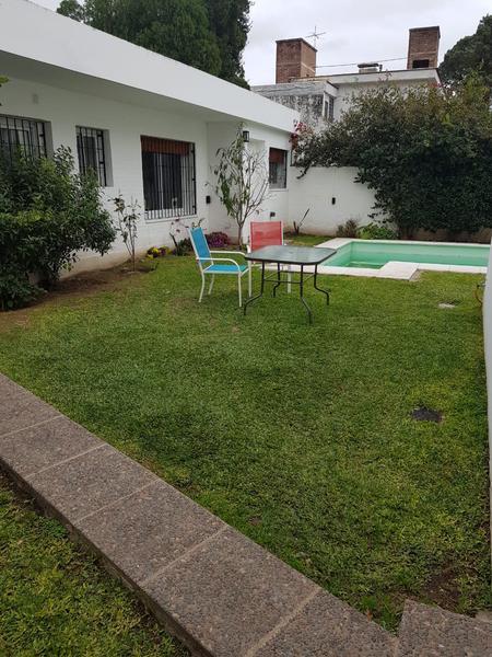 Foto Casa en Alquiler en  Jardín Espinosa,  Cordoba Capital  Argañaras y Murguia al 3600