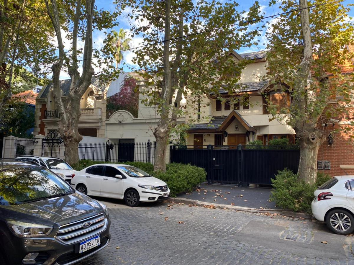 Foto Casa en Venta en  Belgrano R,  Belgrano  Juramento 3552