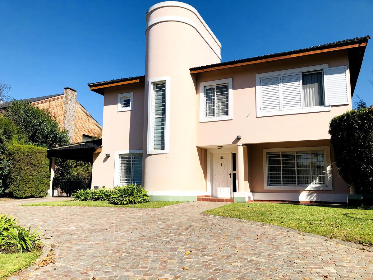 Foto Casa en Venta en  San Patricio,  Francisco Alvarez  Carola Lorenzini al 4900