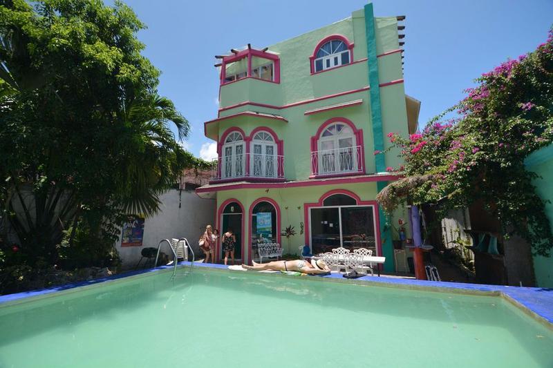 Foto Edificio Comercial en Venta en  Cancún Centro,  Cancún  Hostel en Venta, Cancun Centro OPORTUNIDAD DE INVERSION