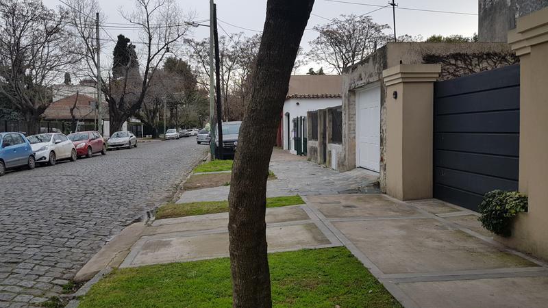 Foto Casa en Venta en  Adrogue,  Almirante Brown  Canale al 1300