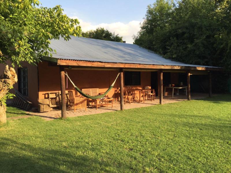 Foto Casa en Venta en  Barrio Parque Leloir,  Ituzaingo  De la Condicion al 1300