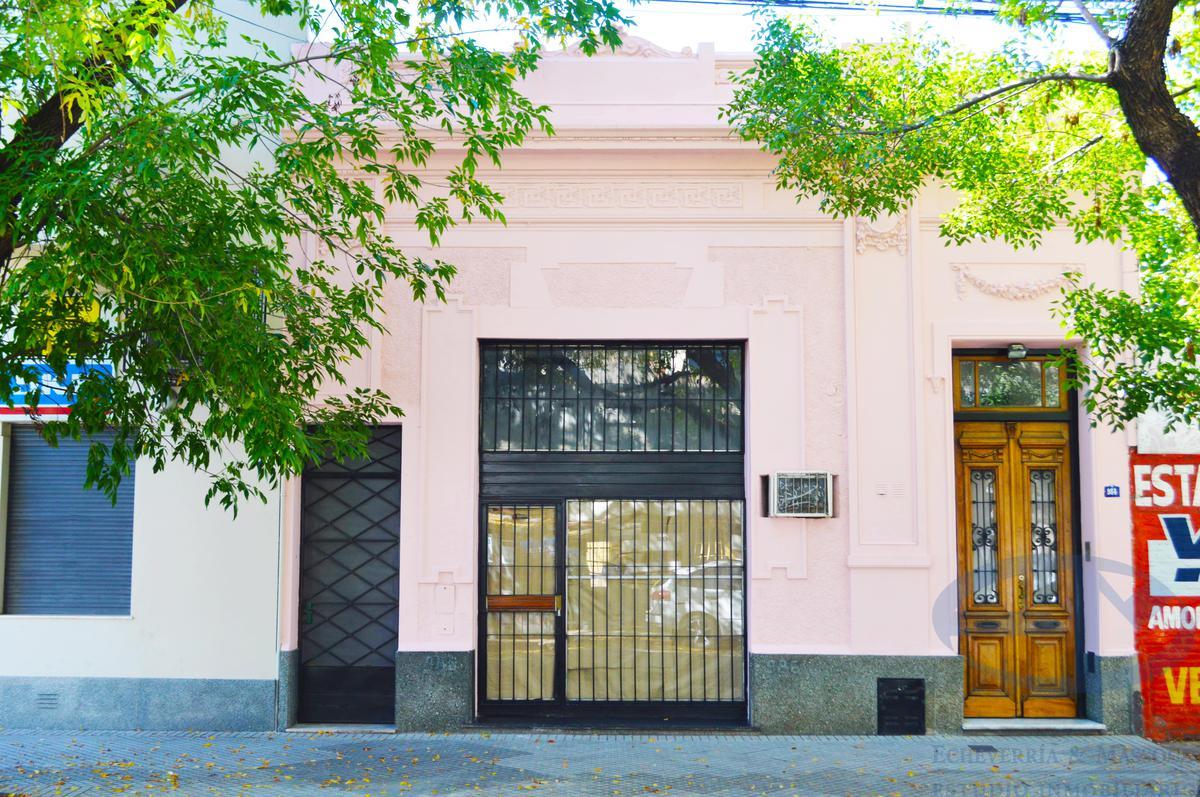 Foto Local en Alquiler en  Centro,  Rosario  La Paz al 900