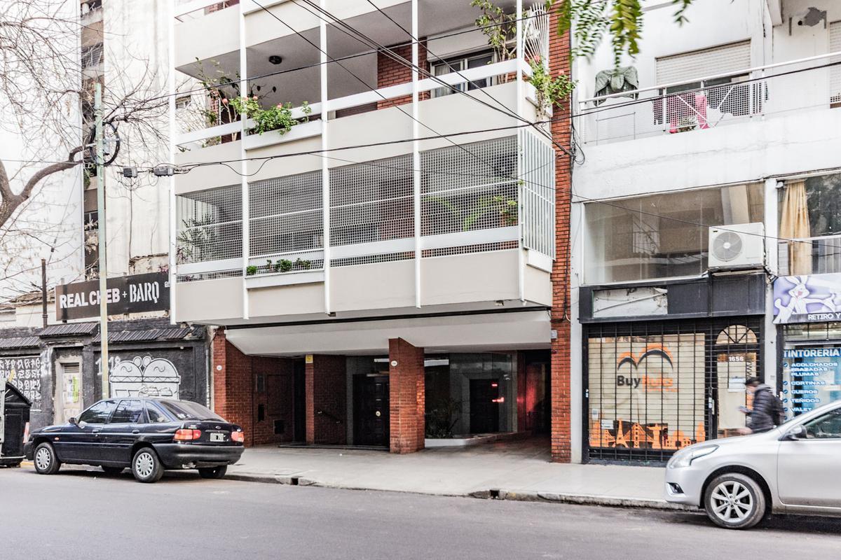 Foto Departamento en Venta en  Belgrano C,  Belgrano  Moldes 1600