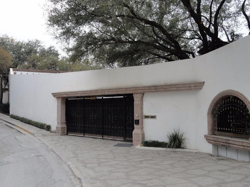 Foto Casa en Venta en  Residencial San Agustin,  San Pedro Garza Garcia  CASA E N VENTA EN ZONA VALLE SAN ANGEL - ESPECTACULAR - (LJGC)