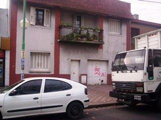 Foto Casa en Alquiler en  Lomas de Zamora Oeste,  Lomas De Zamora  Boedo 633