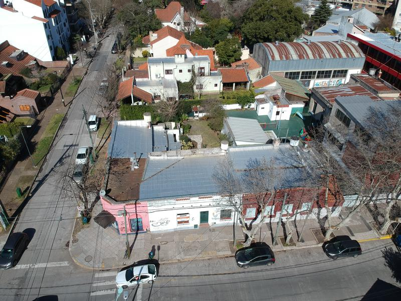 Foto Casa en Venta en  Adrogue,  Almirante Brown  Bynon al 1500