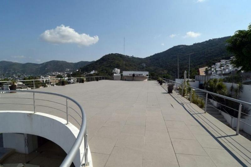Foto Edificio Comercial en Venta en  Acapulco de Juárez Centro,  Acapulco de Juárez  Acapulco Av escenica