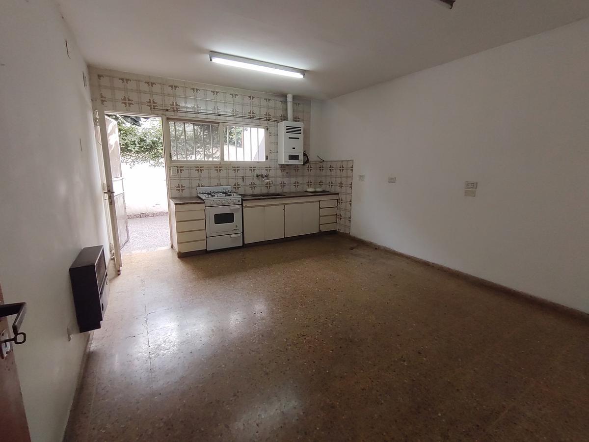 Foto Casa en Venta |  en  Rosario ,  Santa Fe  Buenos Aires  4154
