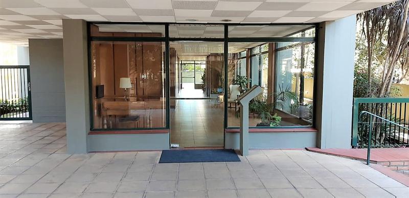 Foto Departamento en Venta en  S.Isi.-Centro,  San Isidro  Alem al 100