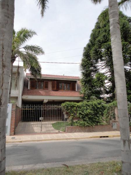 Foto Casa en Alquiler en  San Lorenzo,  San Lorenzo  Urquiza 245