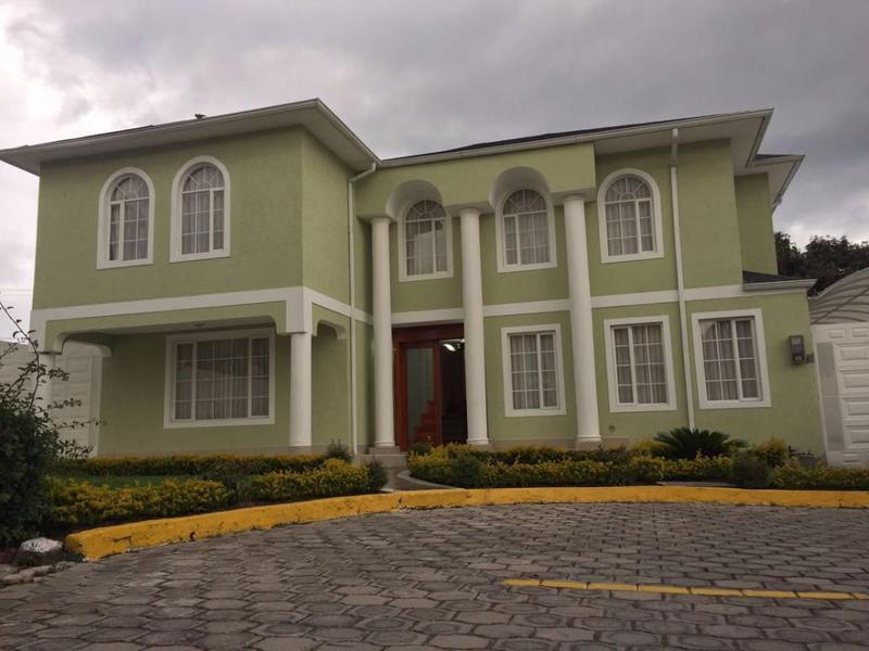 Foto Casa en Venta en  Norte de Quito,  Quito  LA MOYA