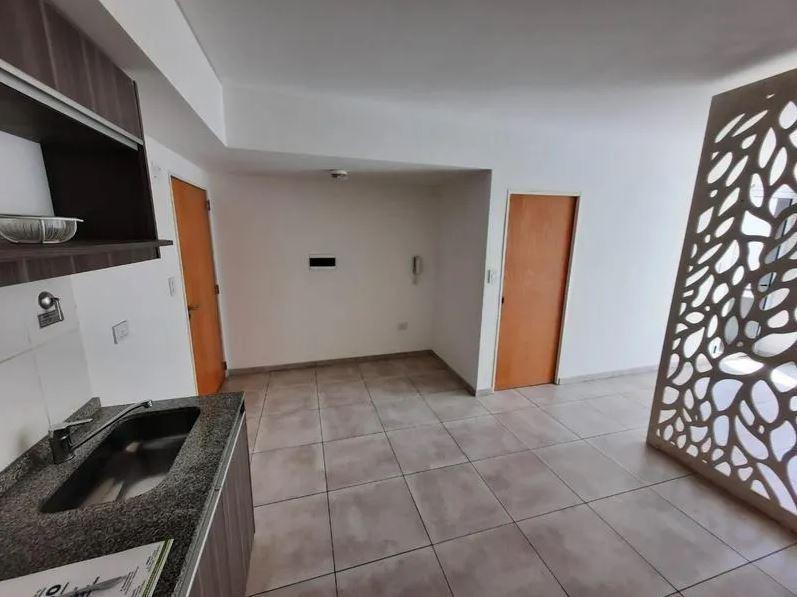 Foto Departamento en Venta en  Flores ,  Capital Federal  Quirno 38