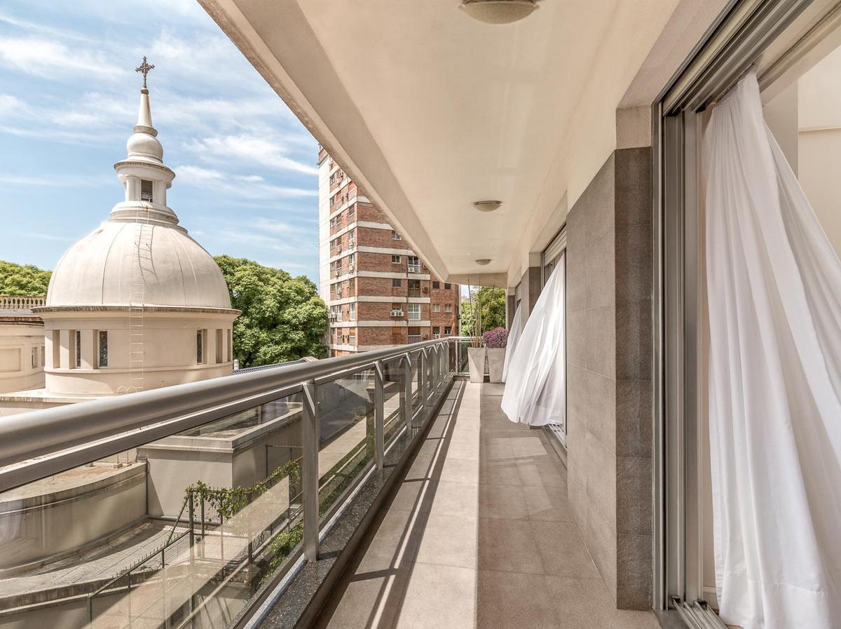 Foto Departamento en Alquiler temporario en  Palermo ,  Capital Federal  AV. LIBERTADOR al 2200