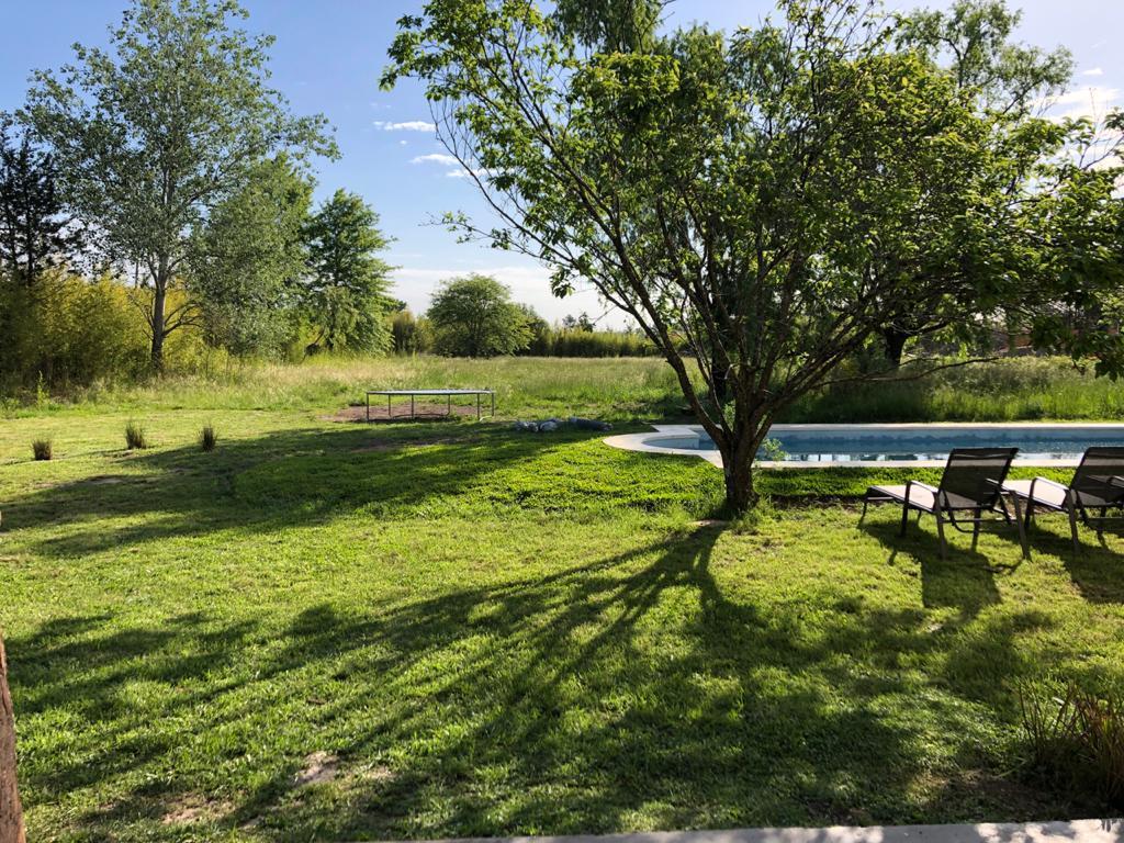 Foto Casa en Venta | Alquiler temporario en  Chacras del ocho,  Pilar  Chacras del Ocho, Pilar - Calle 64, Pilar Centro