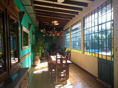 Foto Casa en Venta en  Hurlingham ,  G.B.A. Zona Oeste  Sargento Gomez