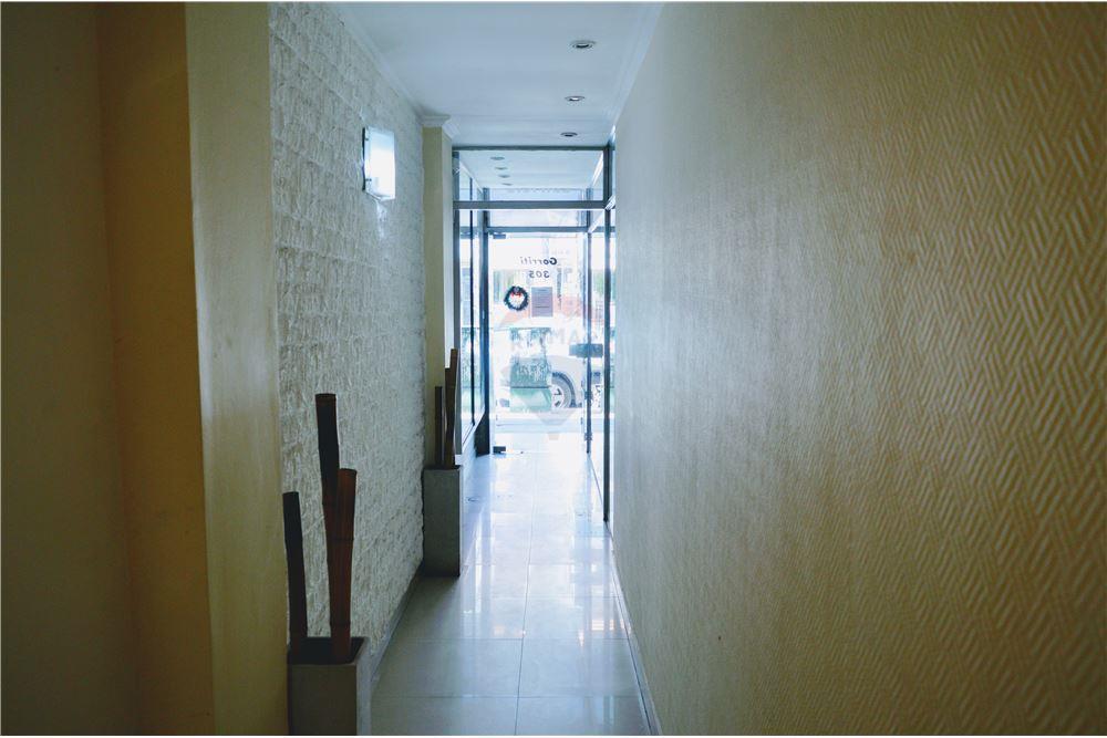 Foto Departamento en Alquiler | Venta en  Lomas De Zamora,  Lomas De Zamora  Gorriti 305 2ºpiso