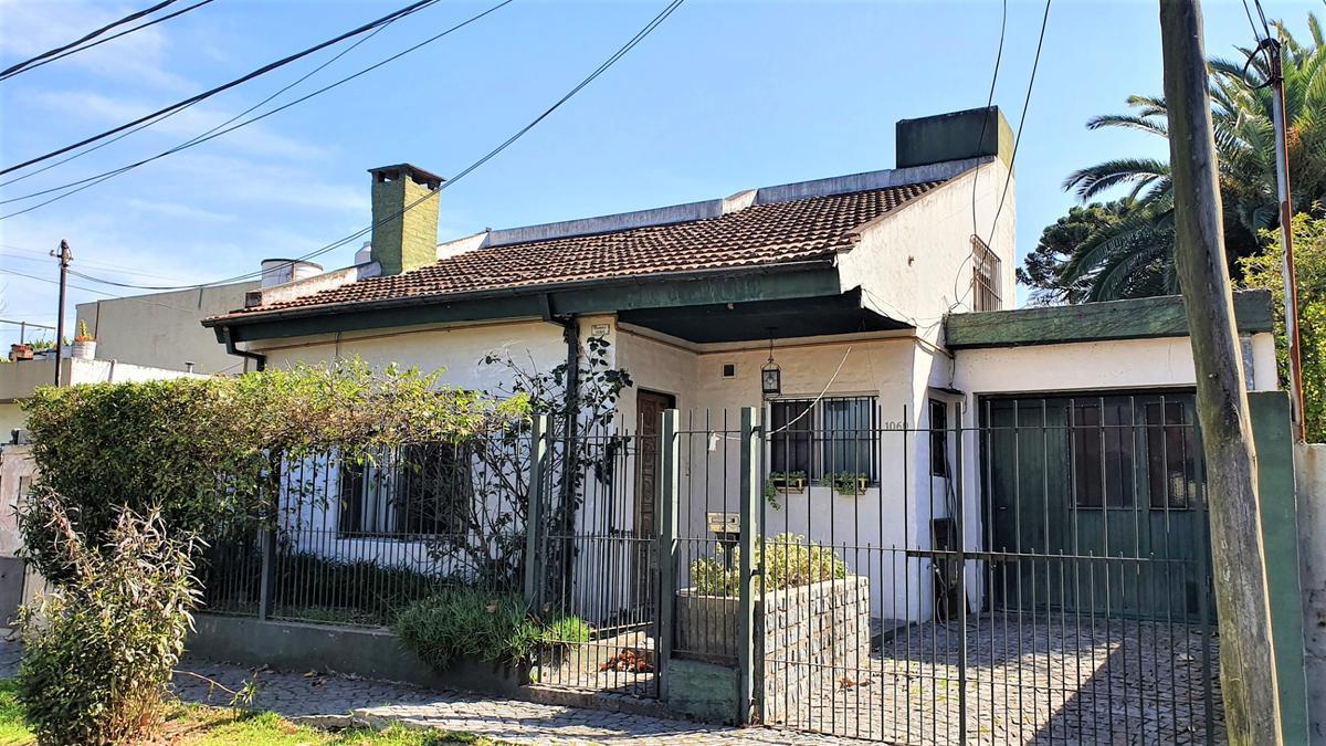 Foto Casa en Venta en  Bella Vista,  San Miguel  Larrea 1060