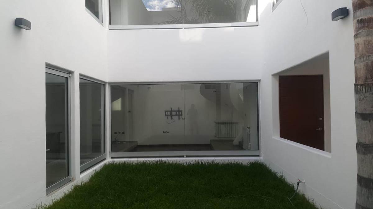 Foto Casa en Renta en  Privadas del Pedregal,  San Luis Potosí  RENTA EN PRIVADA DEL PEDREGAL