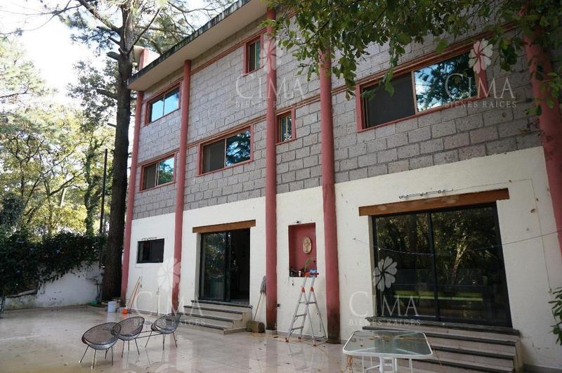 Foto Casa en Venta en  Del Bosque,  Cuernavaca  VENTA CASA AMPLIA EN CUERNAVACA - V88