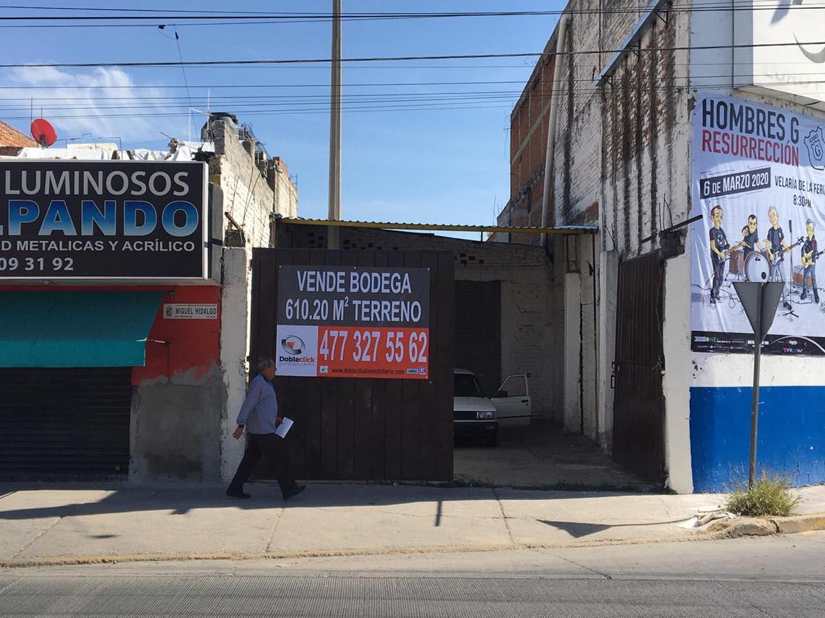 Foto Bodega Industrial en Venta en  MichoacAn,  León  Bodega en VENTA o RENTA sobre Blvd. HIdalgo y Vicente Valtierra, acceso también por calle Puruándiro ubicación de 10!!!