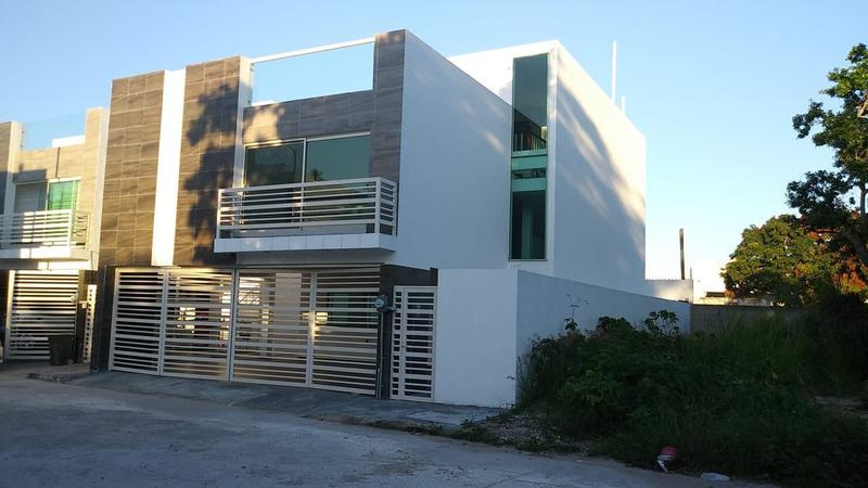 Foto Casa en Venta en  Villa San Pedro,  Tampico  RCV3046E-285 Privada Eduardo Casa