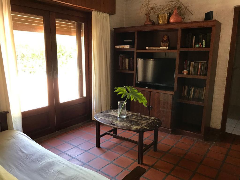 Foto Casa en Venta en  Tigre ,  G.B.A. Zona Norte  Av de los constituyentes, Club Newman, Benavidez