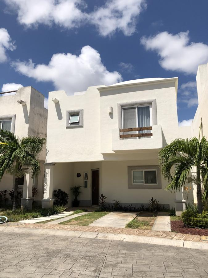Foto Casa en Venta en  Supermanzana 50,  Cancún  Supermanzana 50