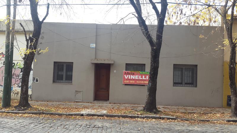 Foto Casa en Alquiler en  Lomas de Zamora Oeste,  Lomas De Zamora  España al 790 entre Pringles y Garibaldi