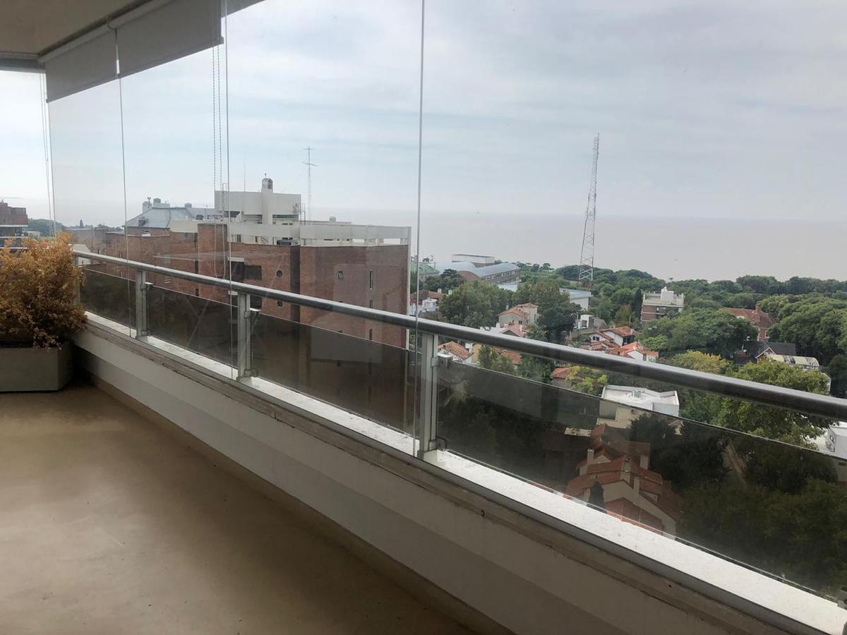 Foto Departamento en Venta en  La Lucila-Vias/Libert.,  La Lucila  Libertador al 3800