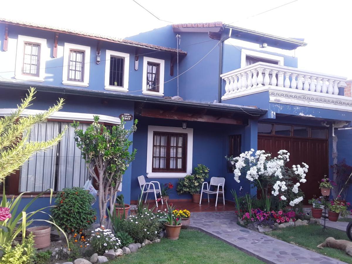 Foto Casa en Venta en  Bo.M.Araoz,  Salta  Bo.M.Araoz