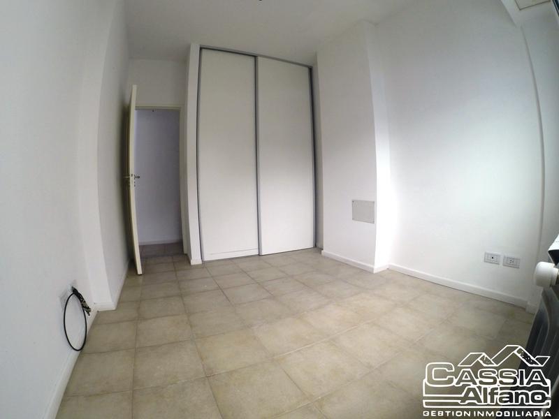 Foto Departamento en Alquiler en  Lomas de Zamora Oeste,  Lomas De Zamora  SARMIENTO 75