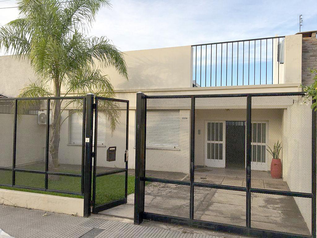 Foto Casa en Venta en  Barranquitas,  La Capital  Iturraspe al 3300