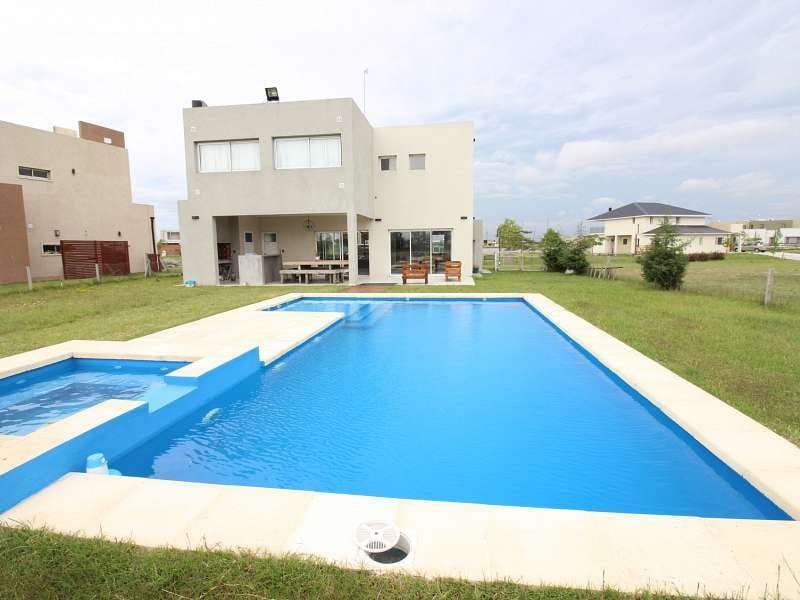 Foto Casa en Venta en  Cruz del Sur,  San Vicente  Ruta 58 Km 13