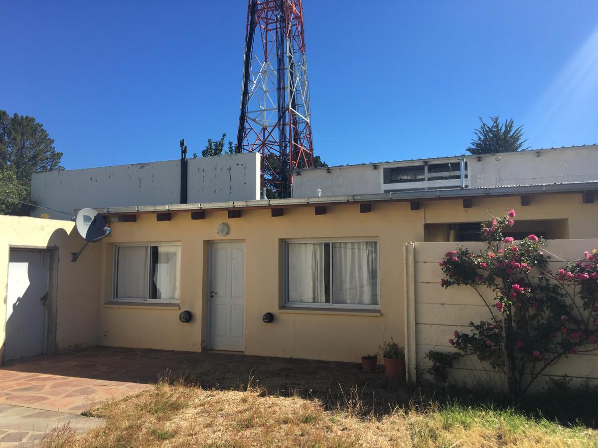 Foto Departamento en Alquiler en  Esquel,  Futaleufu  Roca al 400