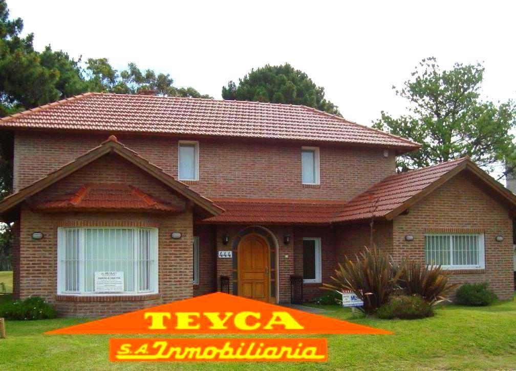 Foto Casa en Venta en  Golf Viejo,  Pinamar  G. Independencia 444 E/ Arca de Noe y Nautilus