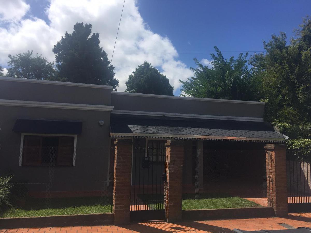 Foto Casa en Venta en  B.Corimayo,  Burzaco  Foppa 837 Burzaco