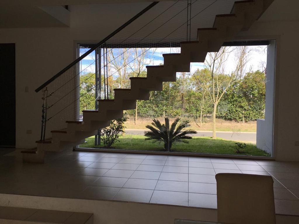Foto Casa en Venta en  Los Sauces,  Nordelta  Los Sauces 225