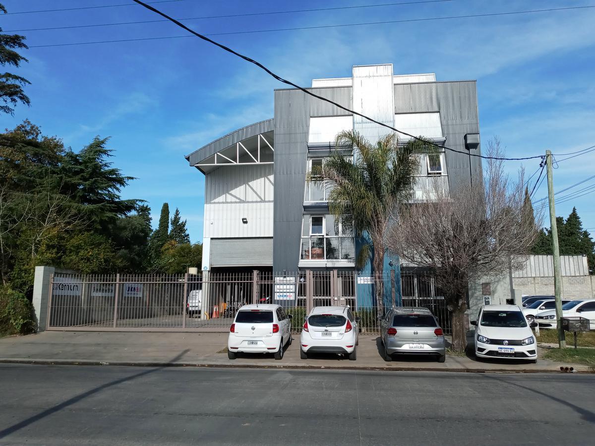 Foto Depósito en Alquiler en  Don Torcuato,  Tigre  Belgrano al 2200