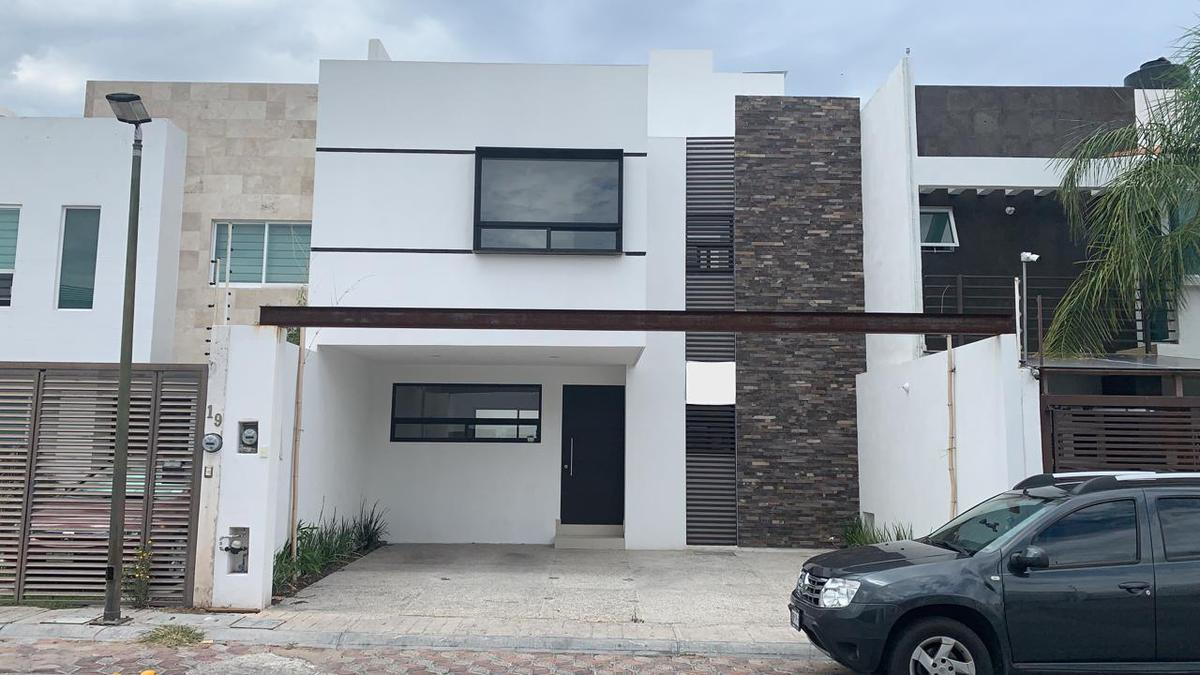 Foto Casa en Venta en  Fraccionamiento Milenio,  Querétaro  Casa en Venta en Milenio III, Queretaro, Mexico