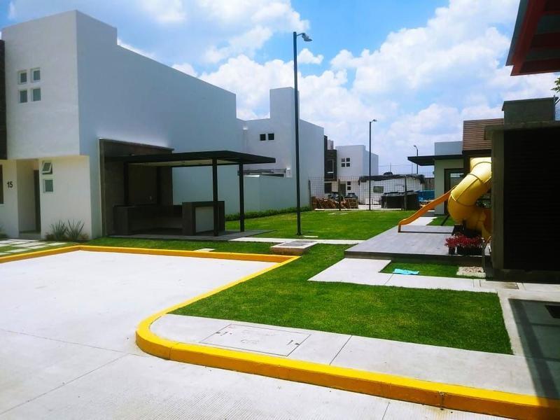 Foto Casa en condominio en Venta en  San Isidro,  San Mateo Atenco  venta casa nueva Fraccionamiento Tezontle San Mateo Atenco