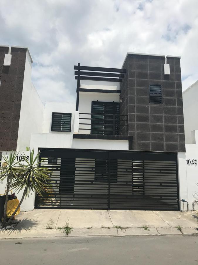 Foto Casa en Renta en  Monterrey ,  Nuevo León       Casa en Renta en Residencial la Sierra - Carretera Nacional
