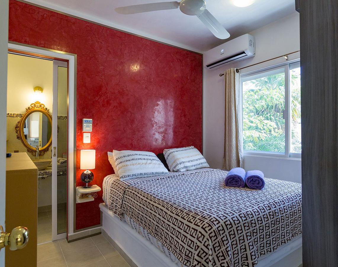 Picture Apartment in Temporary rent in  Playa del Carmen,  Solidaridad  For rent apartment in Playa del Carmen at Palmeira on the beach Luxury   Code 369