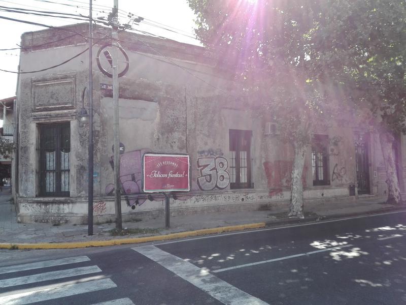 Foto Casa en Venta en  San Fernando ,  G.B.A. Zona Norte  Av. Pte. Perón 1685