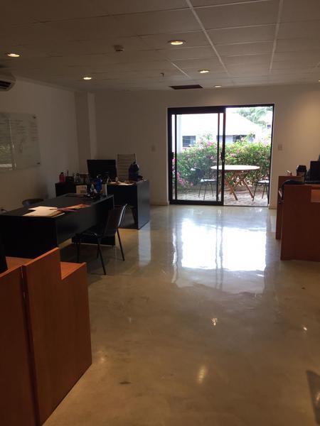 Foto Oficina en Alquiler en  Herrera,  La Recoleta  Dr. Caballero esq Sucre