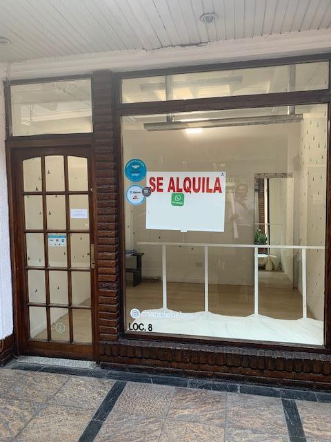 Foto Local en Venta en  Ramos Mejia,  La Matanza  Bme. Mitre 28