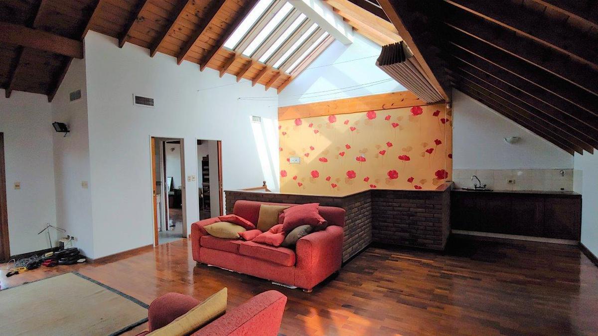 Foto Casa en Venta en  Nuñez ,  Capital Federal  Correa al 2600
