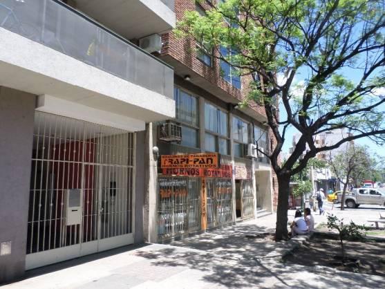 Foto Local en Venta en  Centro,  Cordoba  Maipú al 500
