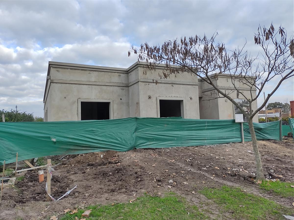 Foto Casa en Venta en  Santa Guadalupe,  Pilar Del Este  Pilar del este