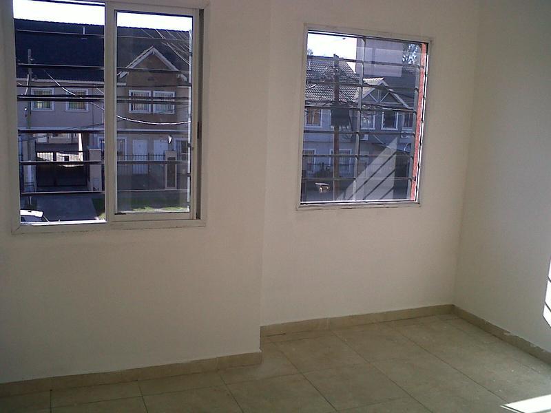 Foto Departamento en Alquiler en  Centro (S.Mig.),  San Miguel                  Zapiola 1400